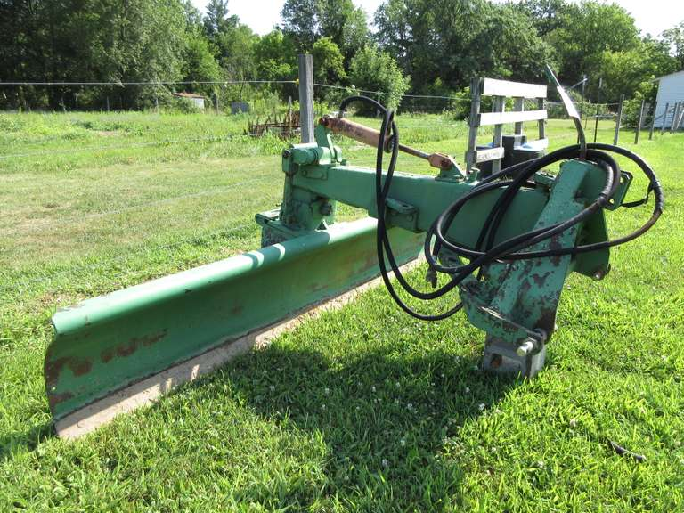 John Deere 9' Hydraulic Back Blade, 3-Point Hitch