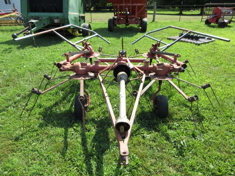 G4L 16' Hay Tedder with PTO, 4-Wheel, Very Good Condition