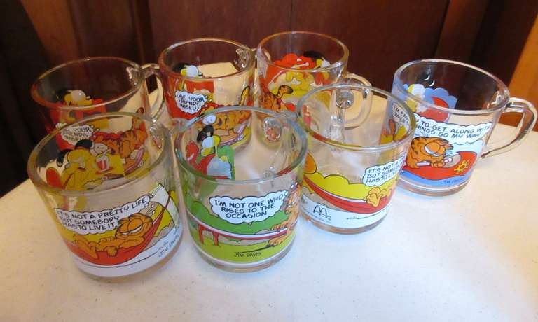 (7) Old Garfield Mugs