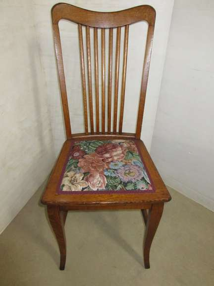 Antique Rough Sawn Oak Sitting Chair