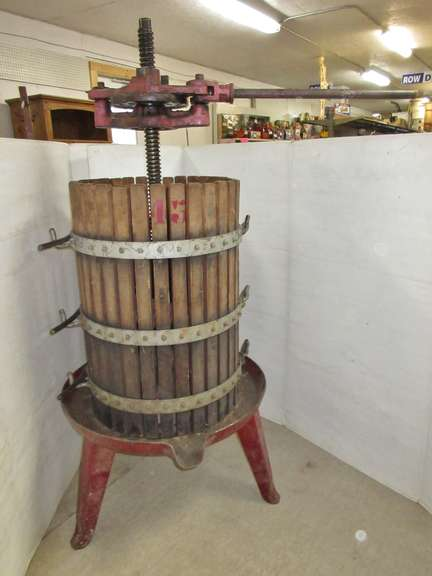 Large Cider Press, Matches Lot No. 43