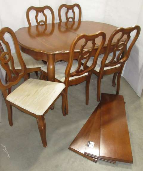 Solid Wood Dining Table with (3) Leaves and (6) Chairs