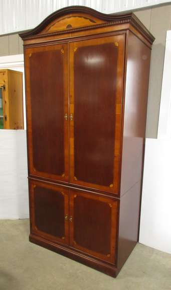1990s Hekman Entertainment Armoire, Large Doors Slide in Easily, Made in Grand Rapids