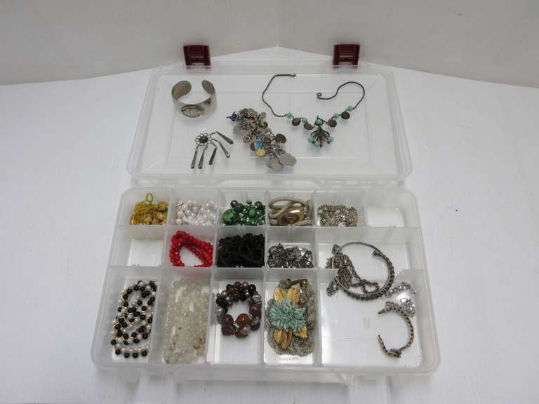 Old Costume Jewelry, Including: Charm Bracelet