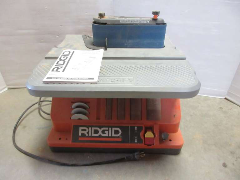 "Ridgid Oscillating Edge Belt/Spindle Sander with Extras, 16"" x 19"" x 13 1/2""H, Up to 2"" Spindle, Works Well"