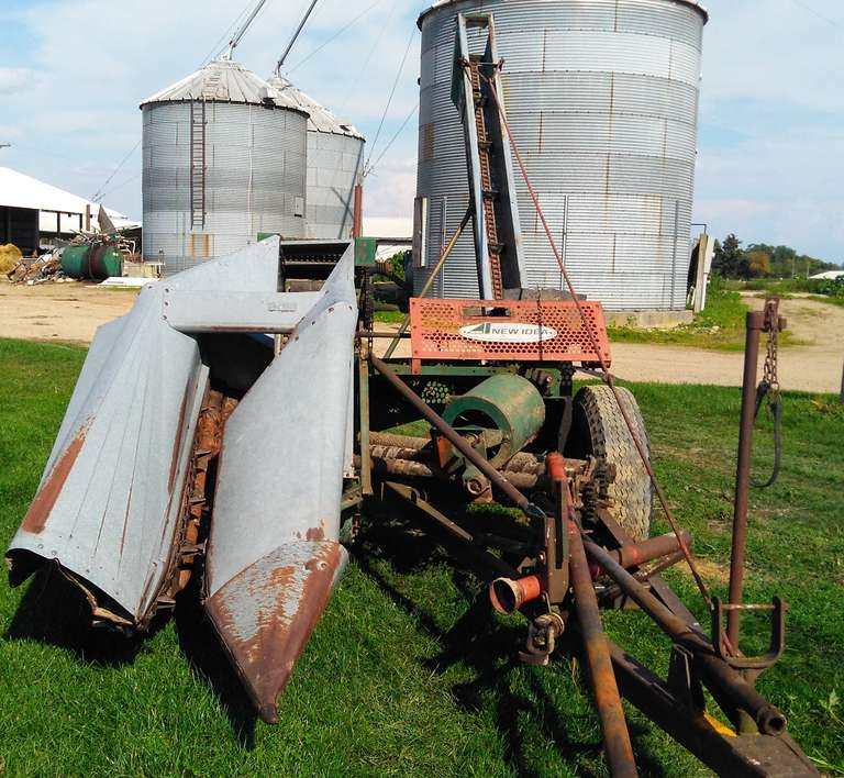 New Idea 323 Corn Picker, For Parts Only