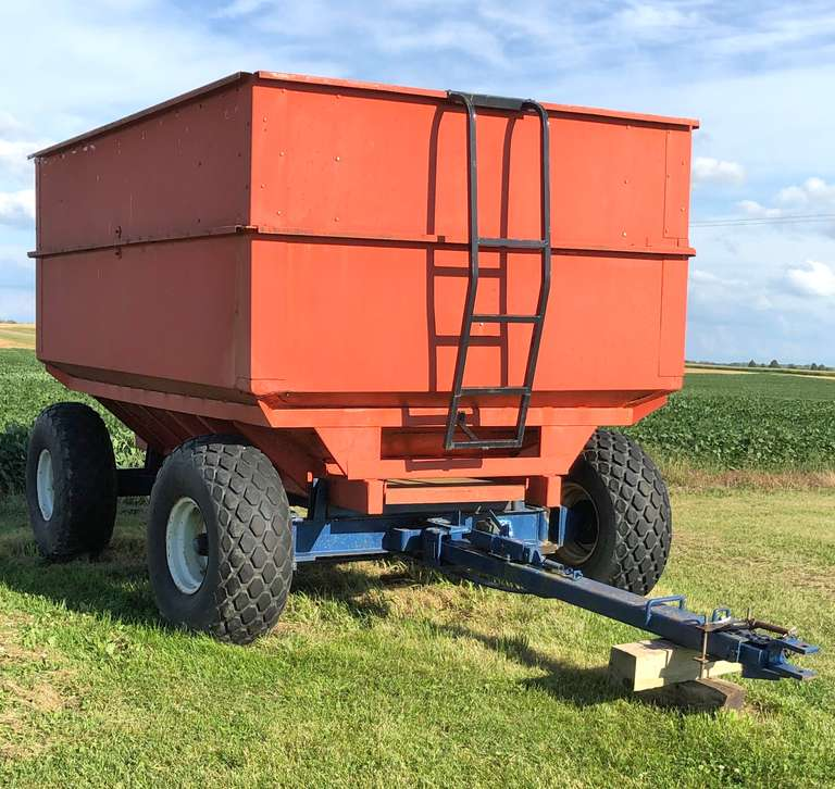 Killbros 400 Center Dump Wagon
