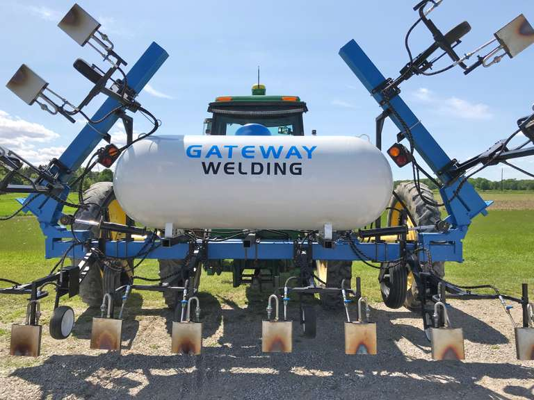 "Gateway Welding 1622 16-22"" Row Weed Burner, 460-Gallon Tank, Average Propane Consumption, 5-Gallons per Acre, 4.0 - 5.5 MPH, All Stainless Steel Burner Assemblies with Individual Shut Off Valves, Interchangeable Orifices"