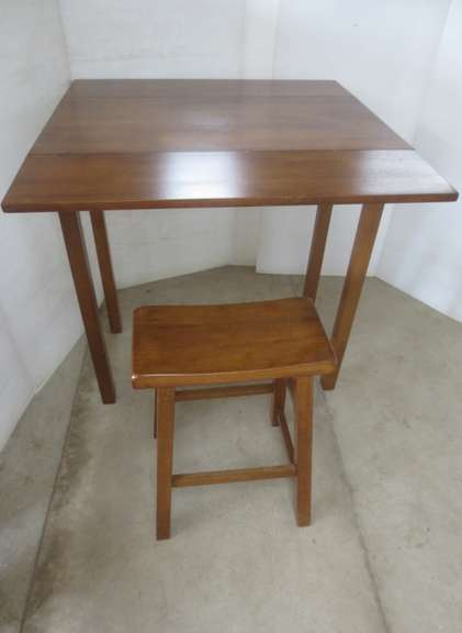 Maple Table with Stool