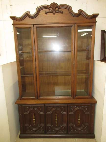 Solid Wood China Hutch