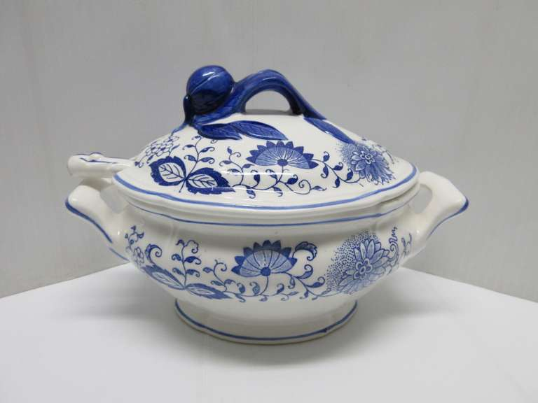 Blue Onion Covered Oval Soup/Gravy Tureen with Ladle, Has Actual Blue Onion on Lid to Lift