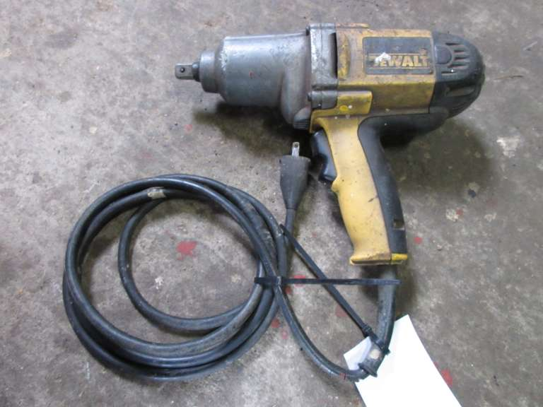 "DeWALT 1/2"" Electric Impact Wrench"