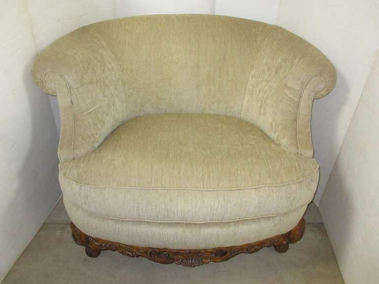Loveseat, Matches Lot No. 3, 38, 40, and 41