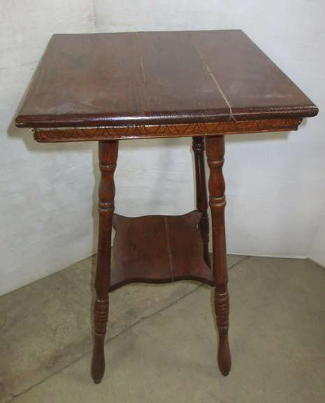 Old Oak Pedestal Table