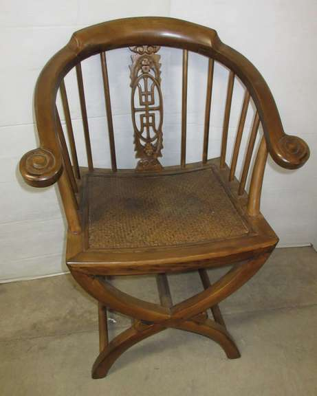 Old Chair, Very Detailed