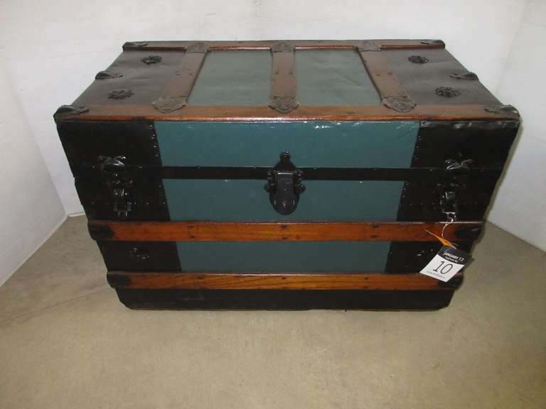 Flat Top Trunk, Refinished Top to Bottom, All Metal, Ca. 1880s, Has Tray