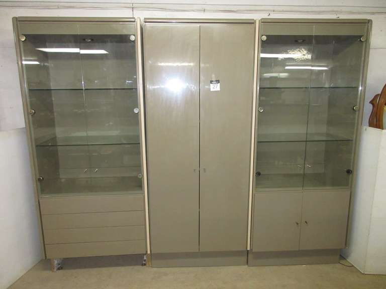 Lighted Display Shelving Unit with Four Drawers