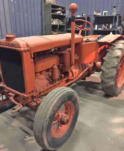 Allis-Chalmers Model U Tractor, Rare Model, Continental Engine, Runs but Starts Hard