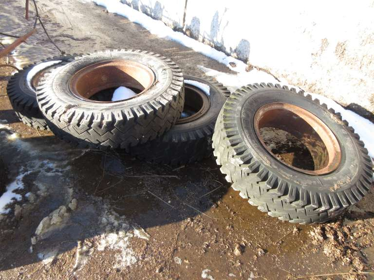 (4)-9.00-20 Tires with Rims