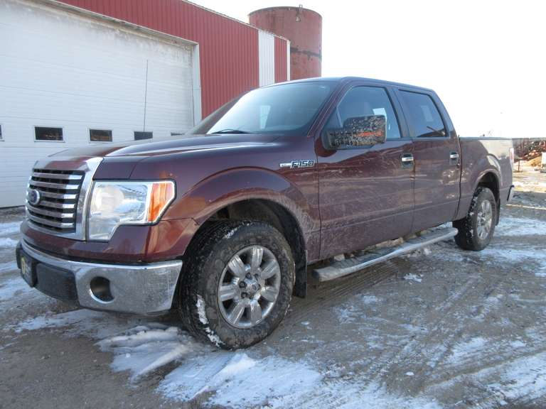 2010 Ford F-150 2WD Crew Cab Pickup Truck, 5.4 Liter Engine, (139,000 Miles), VIN 1FTW1CV9AFB73004, Tow Package.  Note:  A video of this item can be viewed.  Click on the Thumbnail photo, locate the picture with the play tab, click play to watch video.