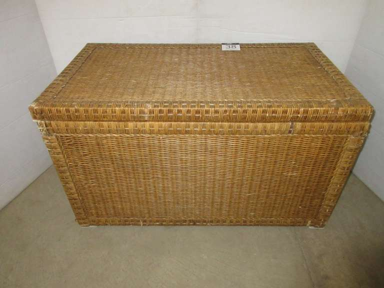 Wicker Rattan Storage Chest with Metal Side Handles/Hardware and Wood Interior