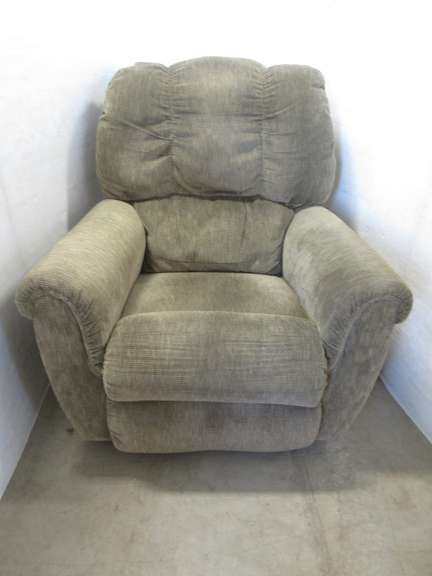 Large La-Z-Boy Recliner