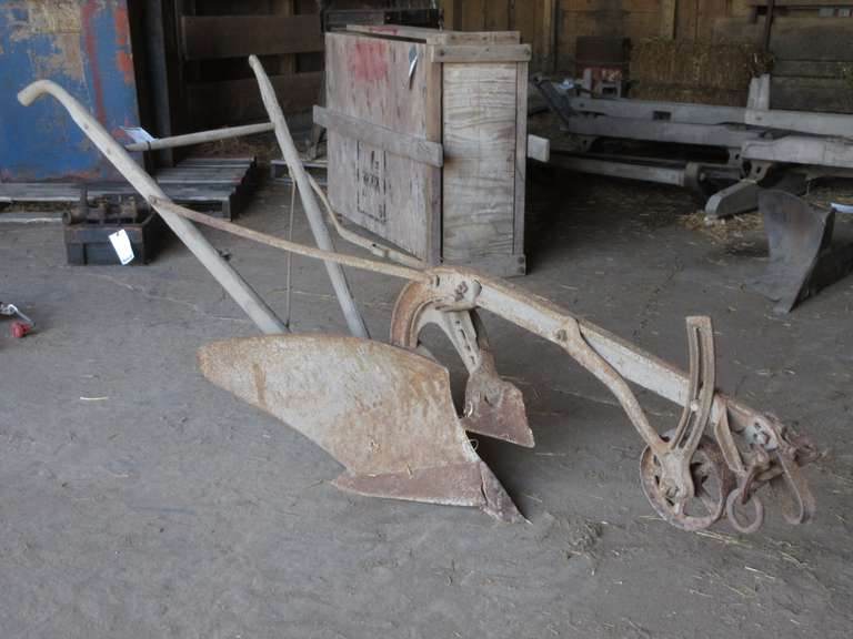 Antique Oliver O,99 Walking Plow, One Handle Broke