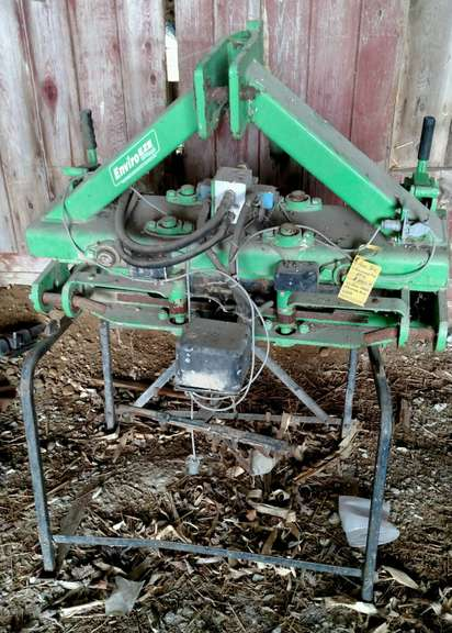 Cultivator Tracker, Can be Used with Crop Fingers or the Trench Guide, Comes with Control Boxes and Manual, Bought on Auction but Never Used, Excellent Condition