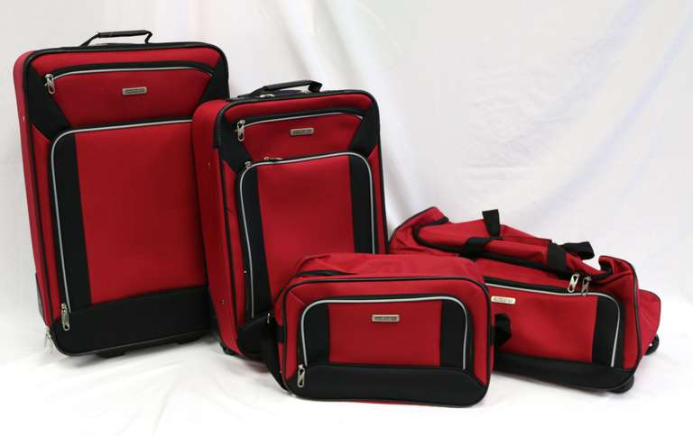 American Tourister Four-Piece Fieldbrook XLT Nested Luggage Set Red/Black