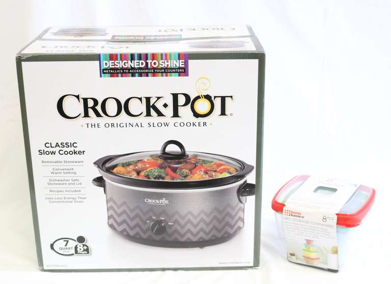 Seven-Quart Crock Pot With Eight-Piece Microwave Storage Containers