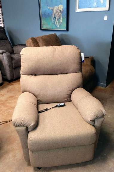 Best Home Furnishing' Wall-Saver Power Recliner in Tan