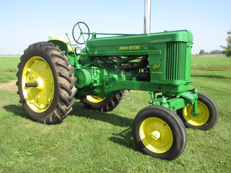 John Deere '60' Gas Tractor, Wide Front, Power Steering, Hydraulic Outlet, Power-Trol, New 13.6-38 Tires, Tachometer, Excellent Paint, Show Ready. Serial # 6059293, Runs Great