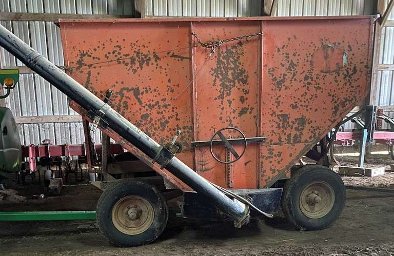 Cory 200-Bushel Gravity Box on John Deere Running Gear, with 12' Parker Auger, New Tires