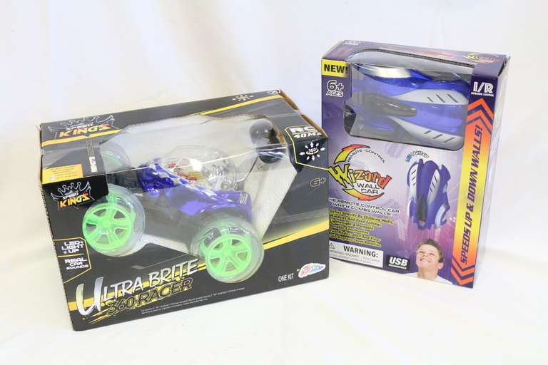 Two-Piece Set Of Remote Control Cars