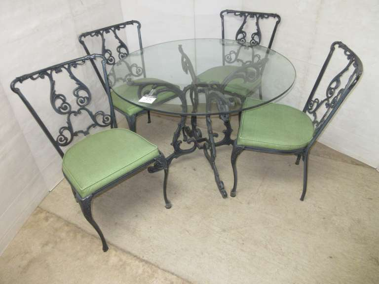 Indoor/Outdoor Patio Set, Glass Table with (4) Chairs