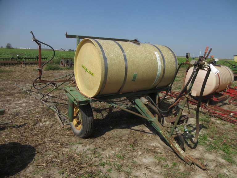 John Deere Trailer Sprayer with 200-Gallon Fiberglas Tank and Booms (Covers Approx. 42'), with Pump