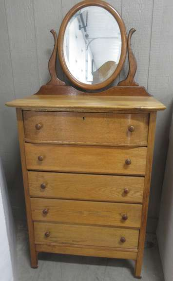 Oak Dresser with Round Mirror and Five Drawers