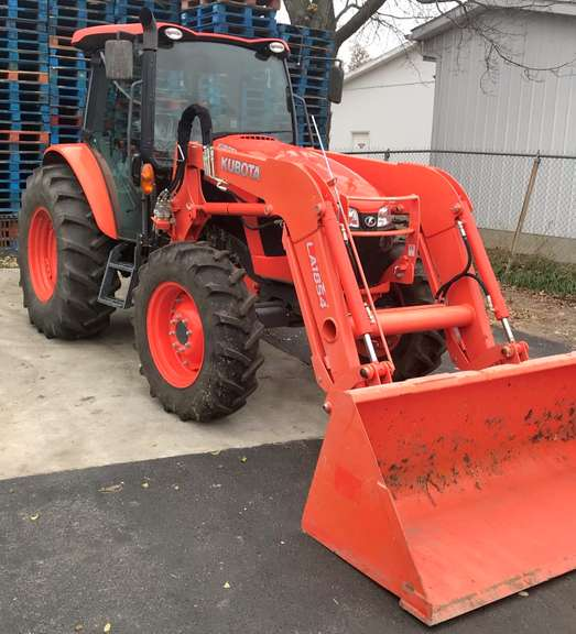2019 Kubota M5-111 HDC12 Tractor (90 Hours), Loaded, LA 1854 Loader, Serial No. 51164