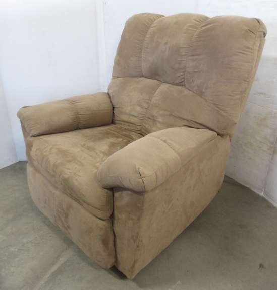 Simmons Beige Recliner, Matches Lot No. 27