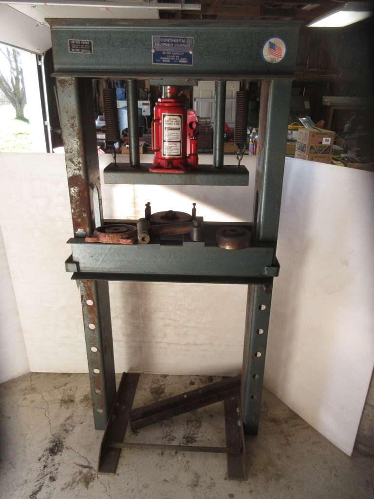 Continental Shop Press 60,000 with 20 Ton Bottle Jack, 30 Ton Capacity with Extra Pieces