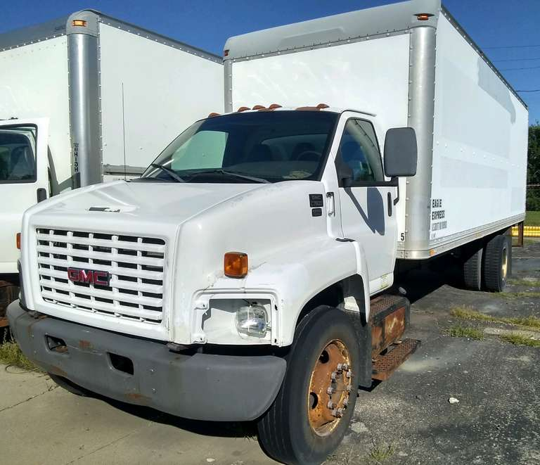 2005 GMC C7500 Box Truck, (385,000 Miles), Cat Diesel, Allison Auto, 24' Dry Box, Roll-Up Door, Engine Blown, Does Not Run, Needs to be Towed, Selling As Is, Clean and Clear Title