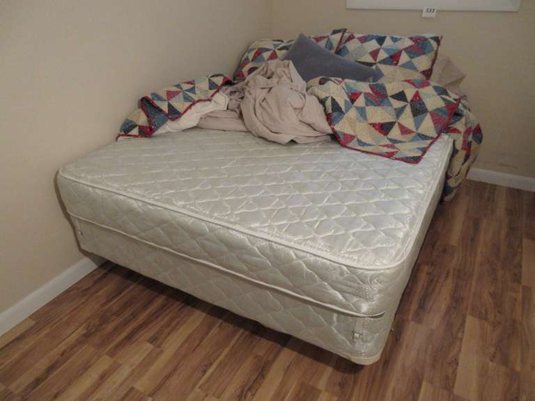 Full Size Mattress Set with Hollywood Frame and Quilt/Bedding Mattress Appears Clean
