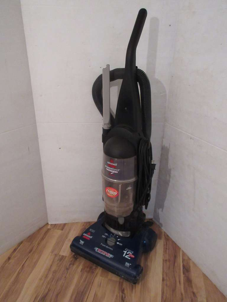 Bissell Powerforce Bagless Vacuum