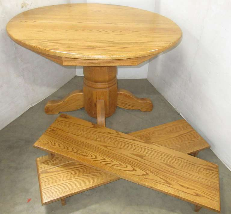 "Gascho Oak Table with (2) 12"" Leaves"