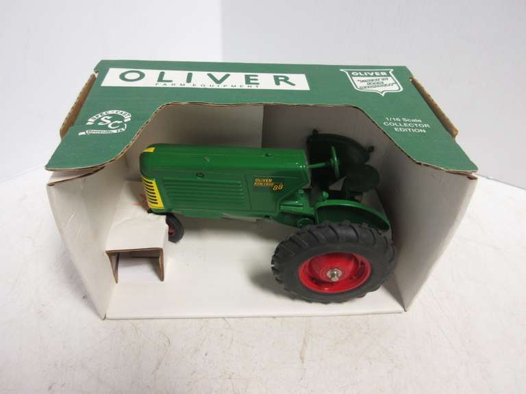 Spec-Cast Oliver Row Crop 88 Toy Tractor, 1:16 Scale