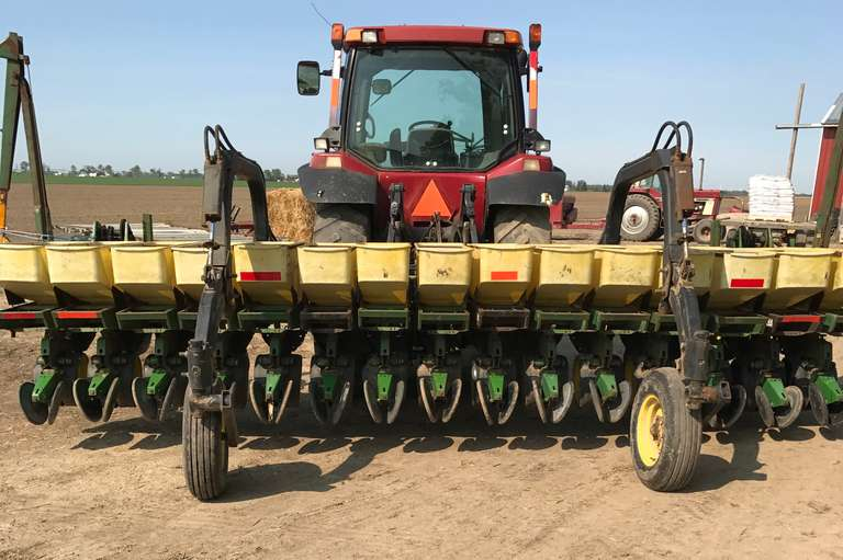 "John Deere 7100 15-15"" Row Planter, Comes with (2)-Monitors, Many New Parts Including:  Tires, Bearings, Gauge & Press Wheels, Arms, Tarp for Hoppers, Seed Disk, Kinze Brush Meters, and Covers, Excellent Condition"