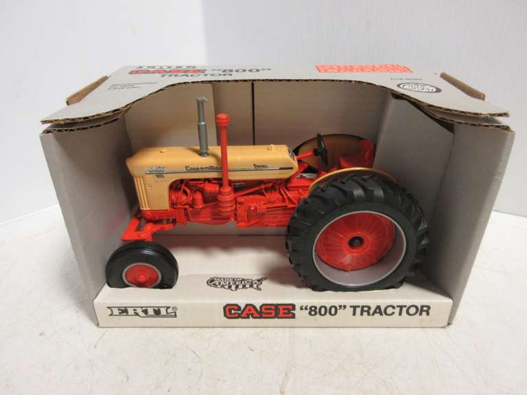 1991 ERTL Case 800 Tractor, 1:16 Scale