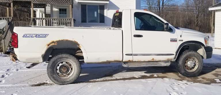 2009 Dodge Ram 2500 HD 4WD Pickup, (175,000 Miles), 5.7L V8 Gas Hemi, Regular Cab with 8' Bed, Former Work Truck, No Issues Besides Cosmetic Flaws Shown in Photos, 4x4 Works, Newer Tires, Recently Professionally Detailed Interior, One Owner, Clean and Clear Title