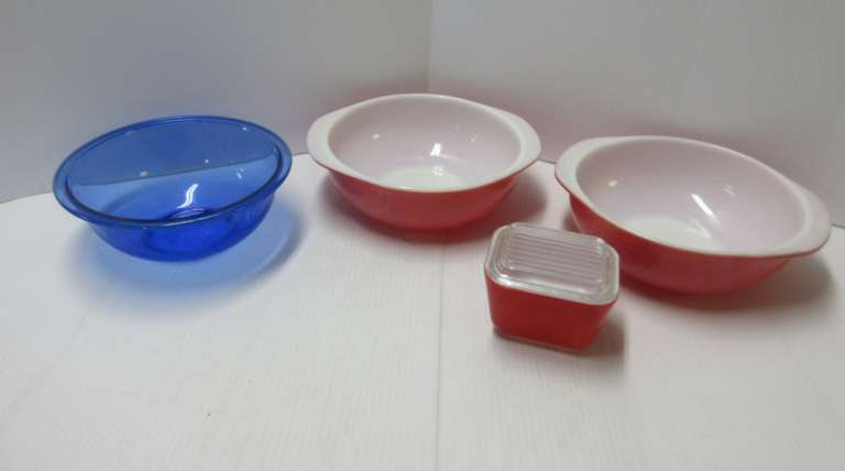 Pyrex Bowls, Including: (2) Orange/Red Mixing Bowls; Red Refrigerator Dish; Cobalt Blue Mixing Bowl