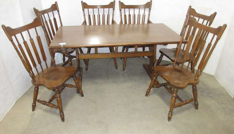 Solid Wood Table with (6) Chairs